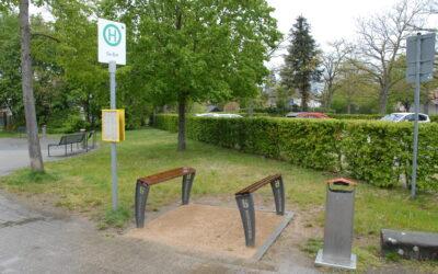 Stehhilfen an Willicher Bürgerbushaltestellen